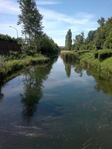 Künstlich angelegter Kanal, der vom Regenwasser, dass auf der Zeche gesammelt wird, eingespeist wird