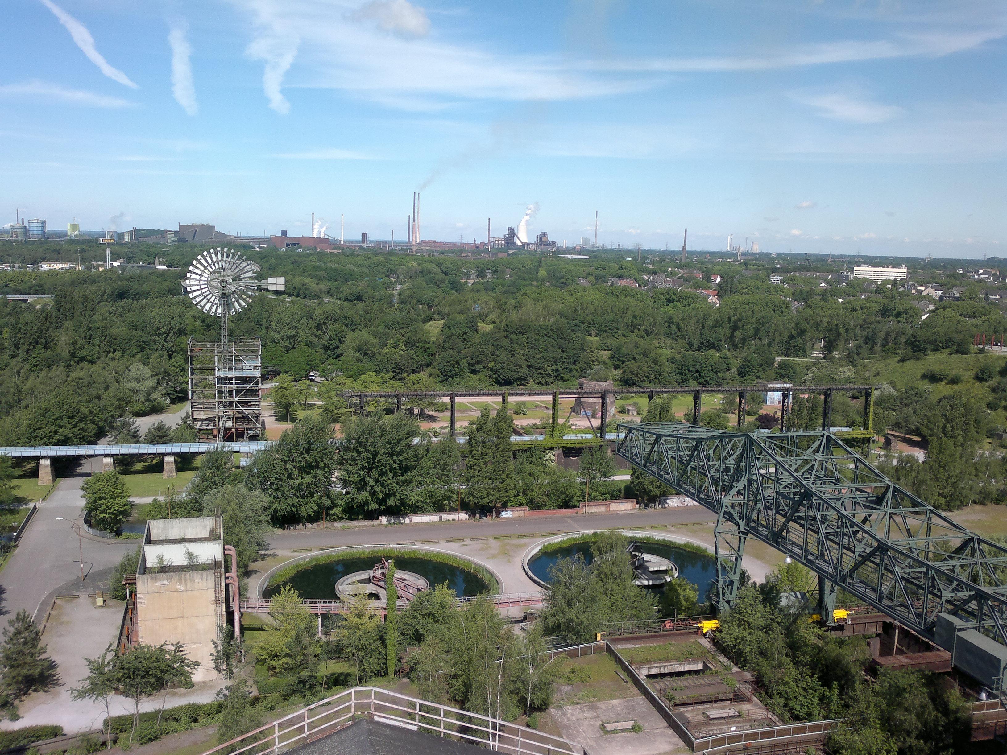 Gute Aussichten für Hanghühner im Landschaftspark Duisburg Nord